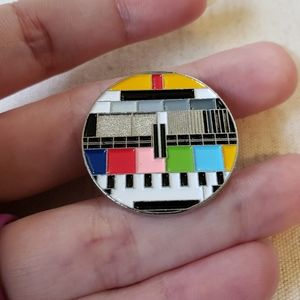 Teri's Jewels Jewelry - 🆕️ Retro Keyboard Pattern Fashion Pin ✴
